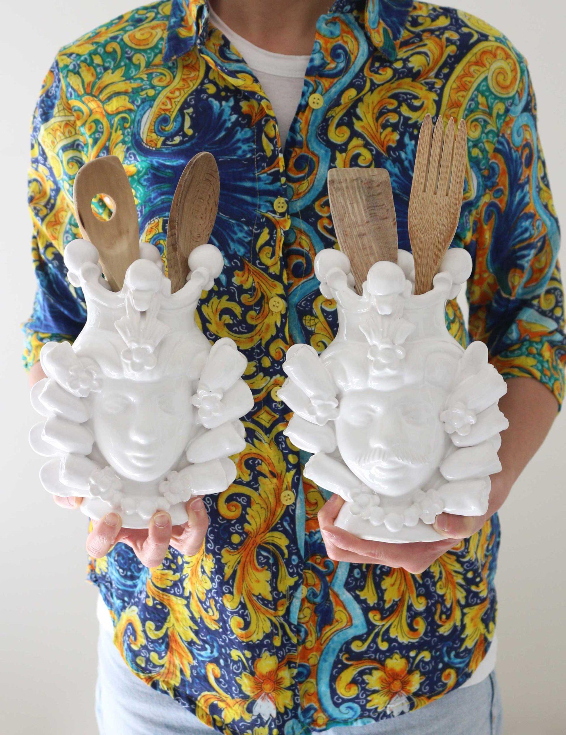 Teste di moro in ceramica bianca
