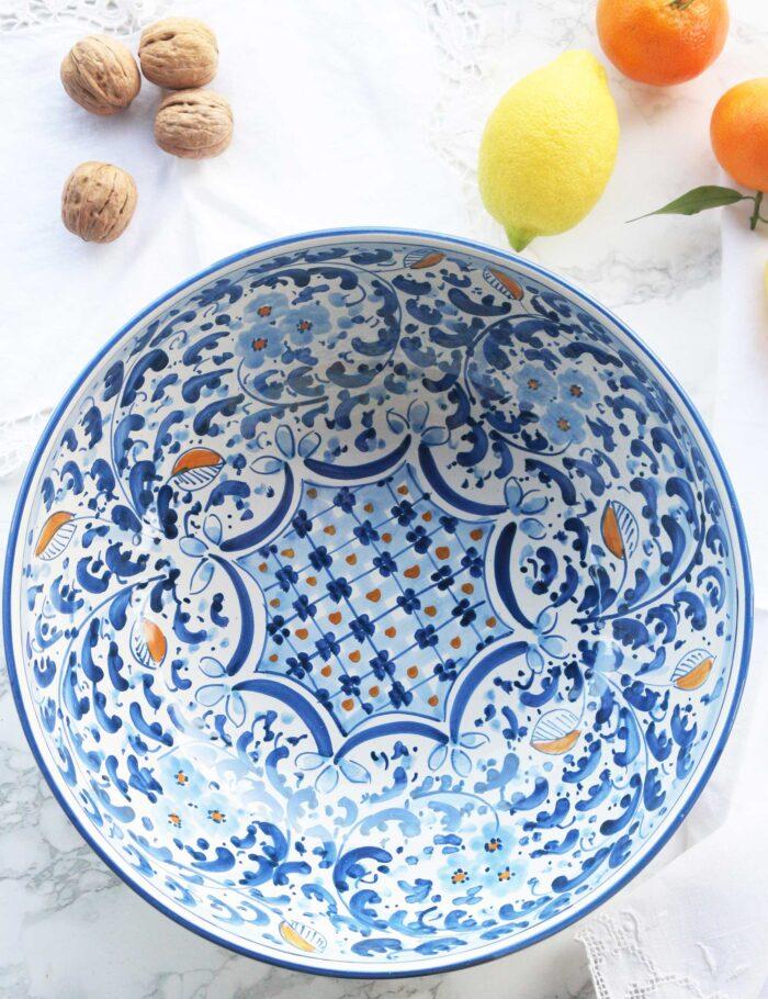 Insalatiera in ceramica decorata siciliana