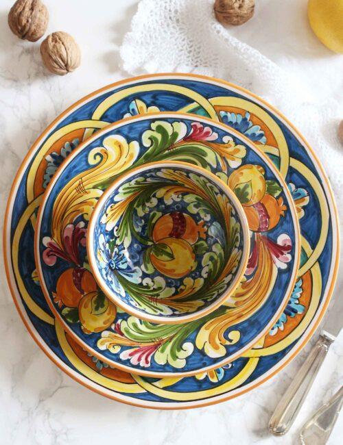 Piatto da dessert in ceramica decorata siciliana