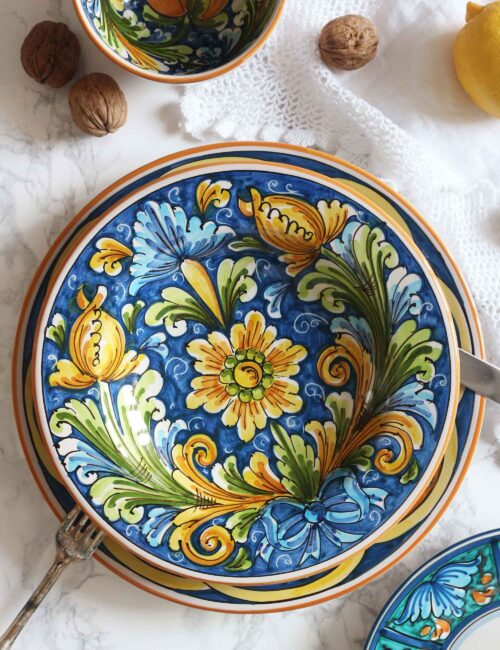 Piatto fondo in ceramica artistica siciliana