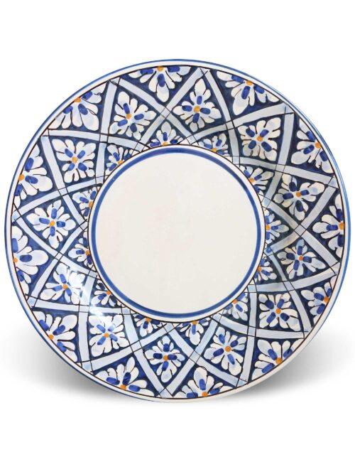 Piatto piano in ceramica siciliana decorata